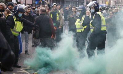 Violent anti-lockdown protesters