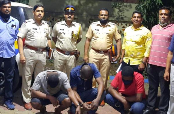 India police arrest three Nigerians