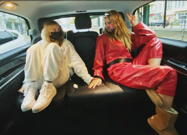 Leni lands first Vogue cover with supermodel mum Heidi Klum