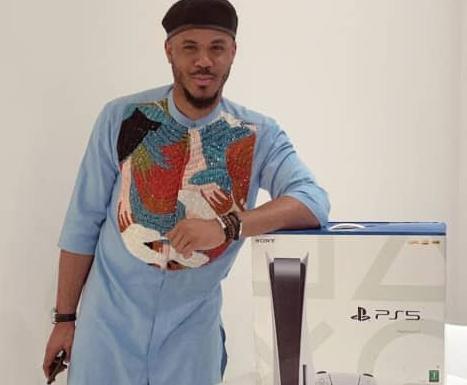 Fans gift BBNaija star Ozo a PS5