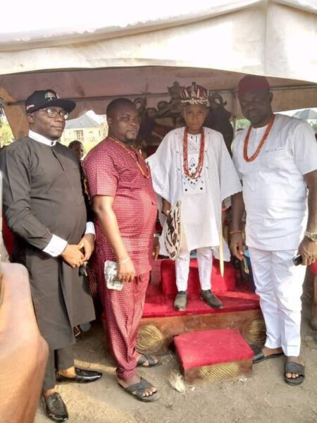 10 year old boy crowned King in Anambra2