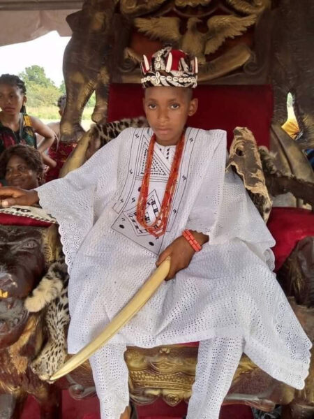 10 year old boy crowned King in Anambra3 1