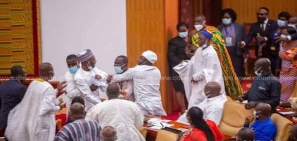 Ghanaian parliamentarians exchange blows over majority occupancy