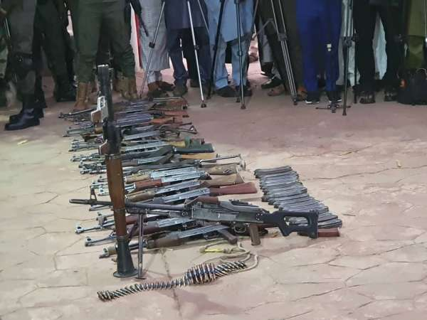 Notorious bandits leader 6 others surrender 20 AK 47 rifles RPG