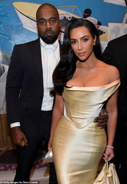 Kim Kardashian begged ex Kanye West to meet up with her after his frustrating Twitter meltdown