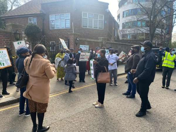 Buhari supporters were paid 75 to protest – Omokri alleges