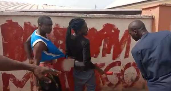 Kogi praises youths for flogging 'anti Buhari campaigners Video