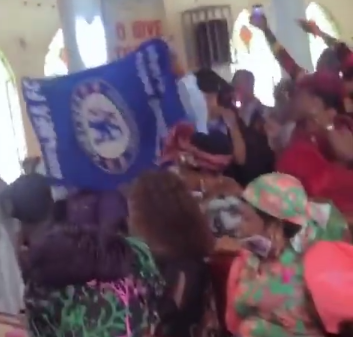 Chelsea fans hold thanksgiving service