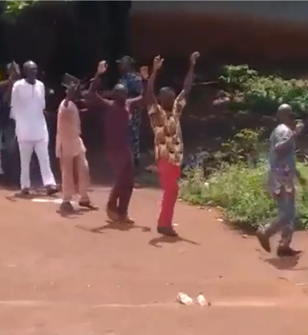 Nigerian army and police storm Enugu Church and arrest members over allegations theyre IPOB members video