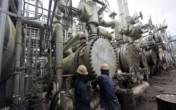 40 oil firms in possession of dormant refinery licenses