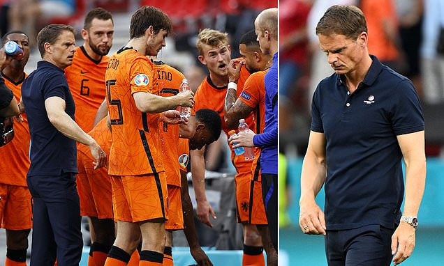Frank de Boer leaves role as Holland manager with immediate effect after EURO exit