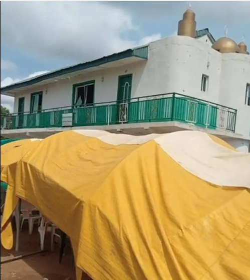 One killed as masquerade attacks worshippers in Osun mosque