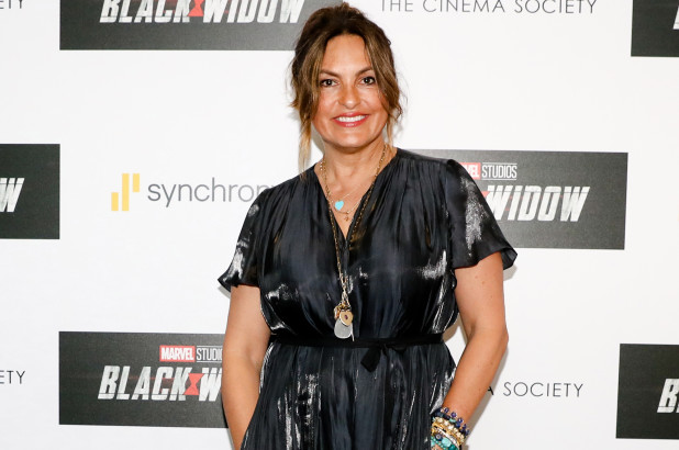 Mariska Hargitay breaks her ankle at 'Black Widow Hamptons screening