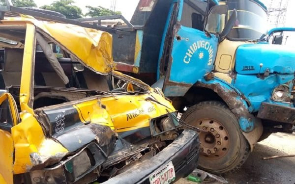 One dies and 14 others injured in multiple car crash in Onitsha