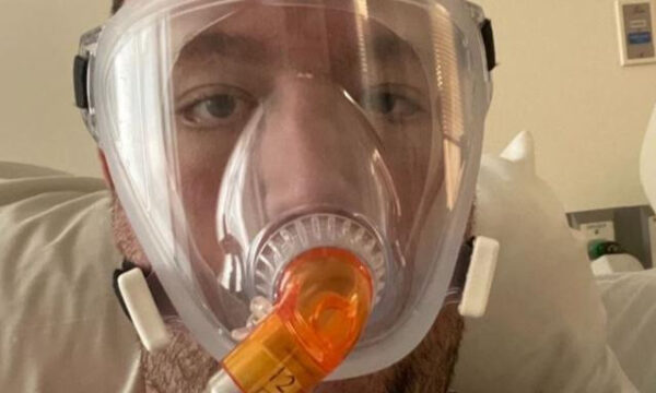 Dad sends heartbreaking text before dying of Covid 19