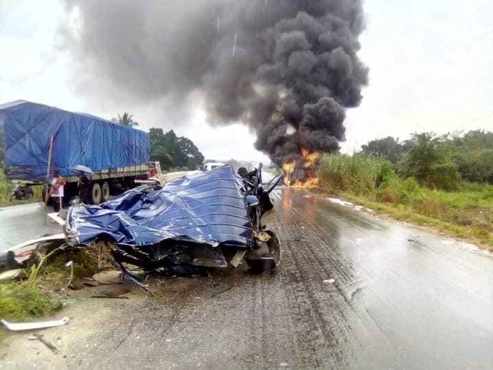Four die many injured in fatal auto crash in Delta