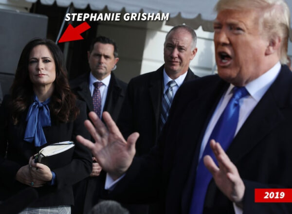 Former White House press secretary accuses Trump of wanting to get a look of attractive young aides butt