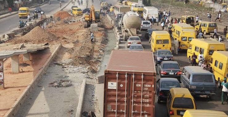 NLC protests blocks Lagos Abeokuta expressway